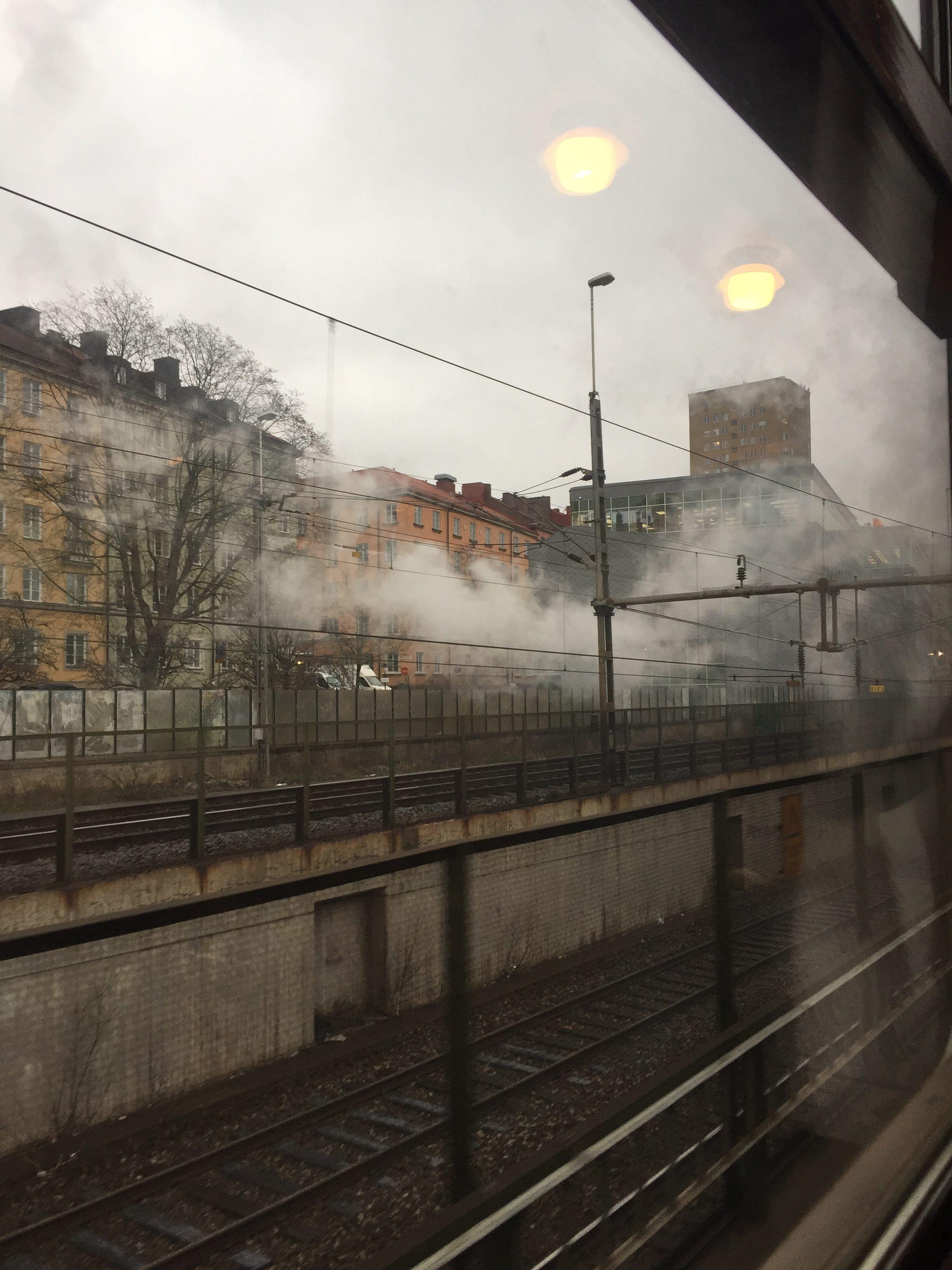 Vi lämnar Stockholms Central med Mariestads Den stora smakresan