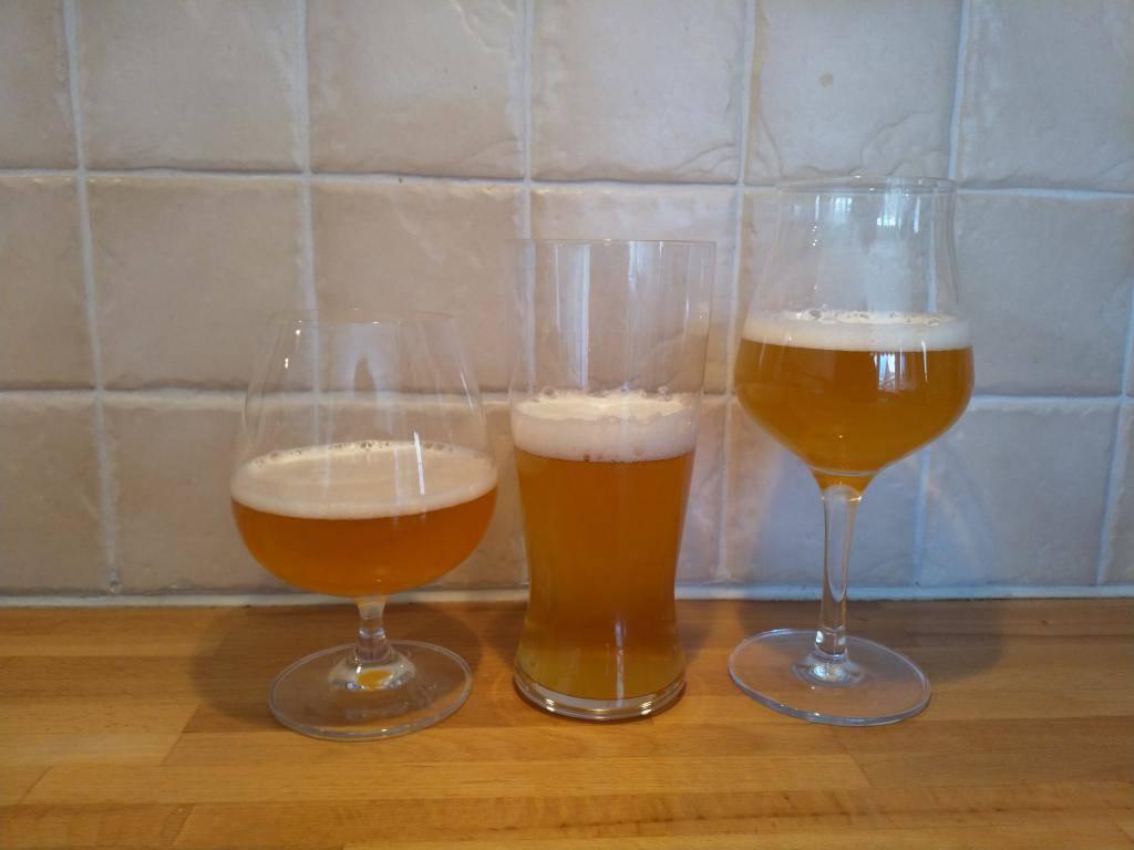 Tre olika glas Amerikans Ale